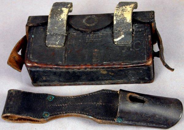 5: WWI GERMAN CARTRIDGE BOX & BAYONET FROG