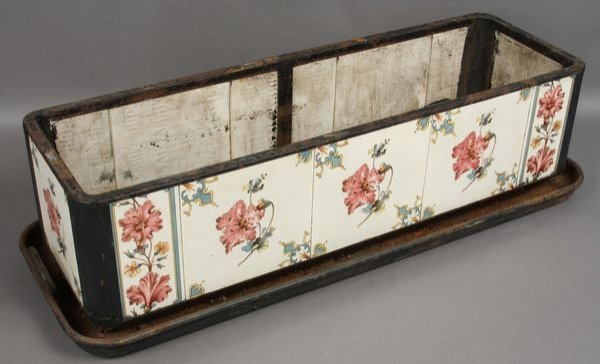 3013: 19th Century Victorian Tile Planter