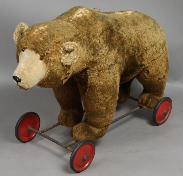 3020: Large Antique Steiff Bear on Wheel, Sound Box