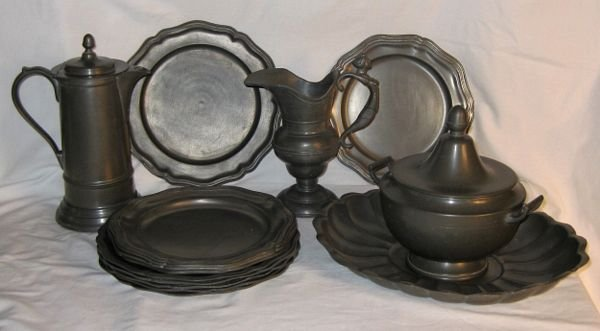 4013: (15) Pewter Items, Plates, Pitchers, Tureen, Tray
