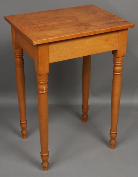 4008: 19th Century Country Pine Table