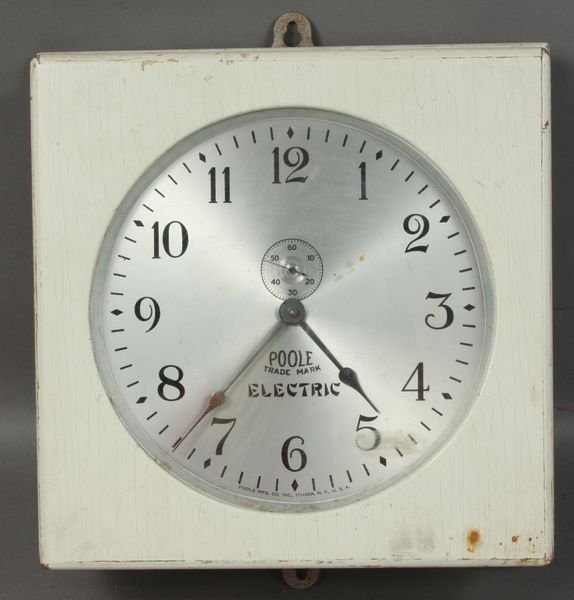 6020: Pool Manufacturing Co. Electric Wall Clock