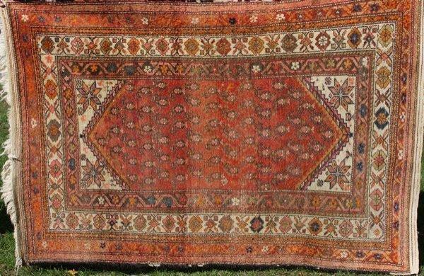 "14: Antique Oriental Rug, 6' x 4' 3"""