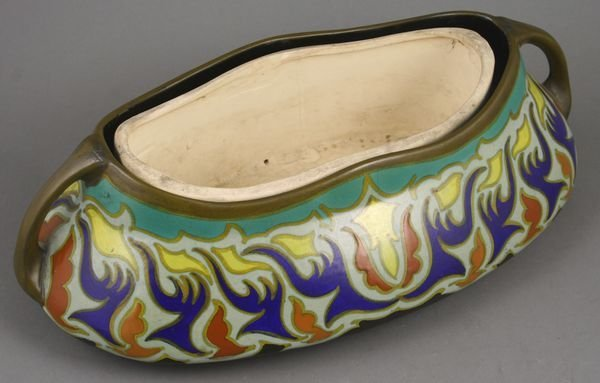 3009: Early 20th C. Gouda Pottery Planter, Signed