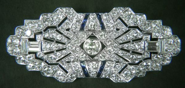 4198: 18k White Gold Diamond and Sapphire Pin