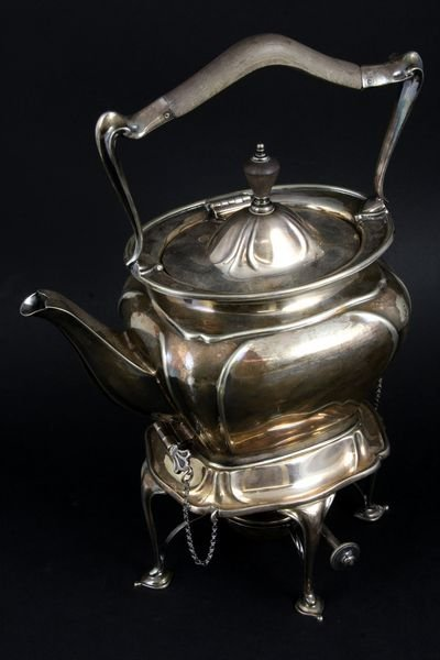 2021: Teapot on Carafe Stand by Reed & Barton