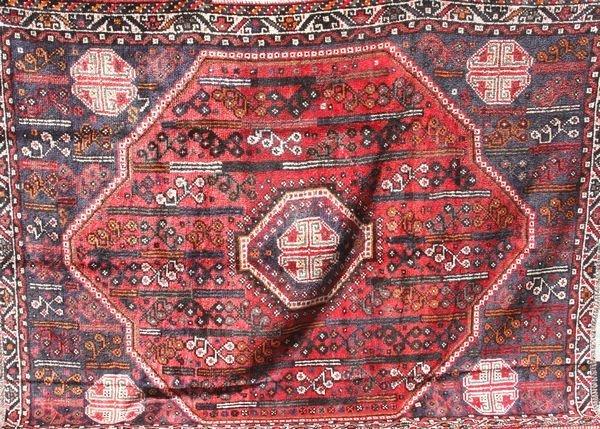 """4024: Semi-antique Persian Shiraz Rug, 7' 8"""" x 10'"""