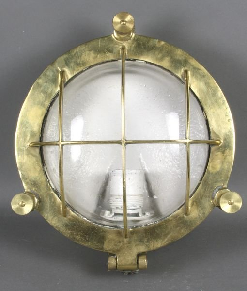 6006: Solid Brass Round Mounted Ship's Light
