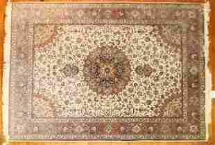 Extra Fine Persian Tabriz Rug