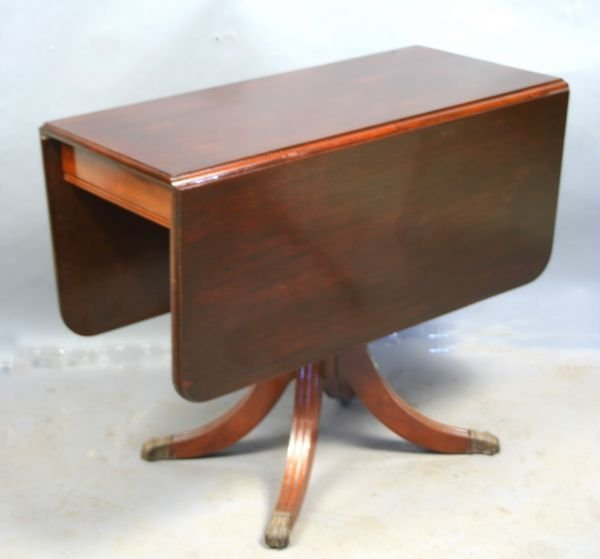 8269: 1920s/30s Duncan Phyfe Drop-leaf Table