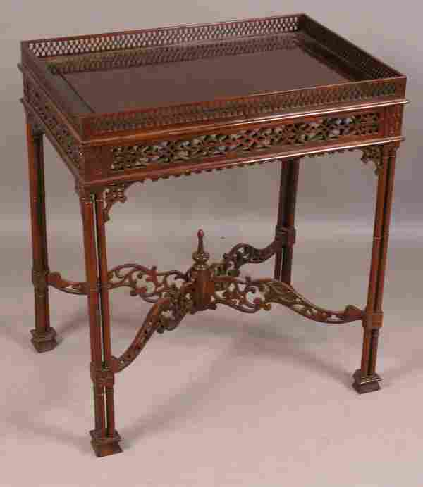 20TH CENTURY CHINESE CHIPPENDALE TEA TABLE