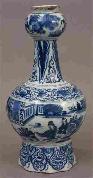 18TH CENTURY DELFT BLUE AND WHITE VASE