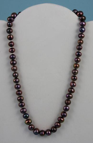 "4016: Ladies black pearl necklace, 16"" l., 7-8 mm"