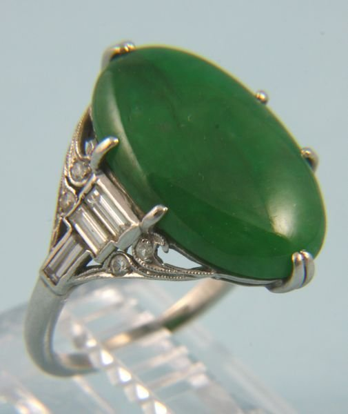 5022: Platinum, diamond and jade Art Deco ring