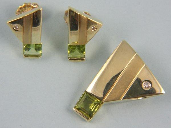 8016: Peridot, diamond, and 14k gold pendant and earrin