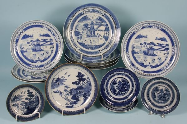 3006: Fourteen (14) Pieces Chinese Export Porcelain