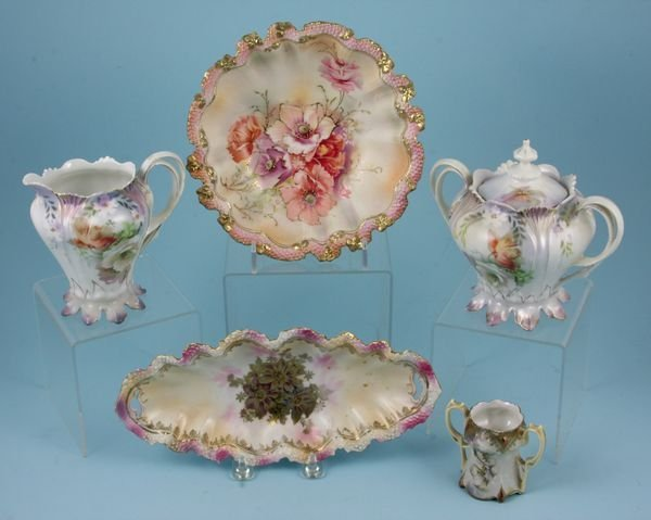 4022: Group of R.S. Prussia China Pieces