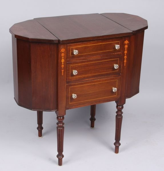 4008: Late 19th/Early 20th C. Sewing Stand
