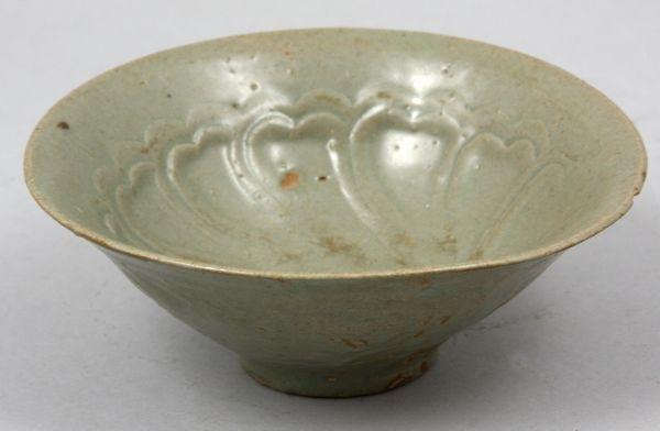 5008: 12th C. Stoneware Bowl