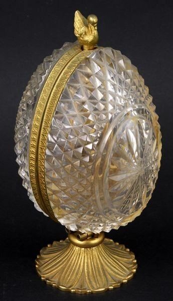 7001: French Crystal Egg