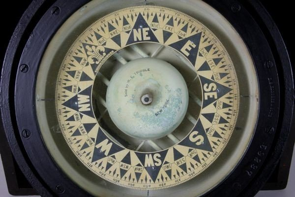 9222: E. S. Ritchie & Sons Dry Card Compass - 2