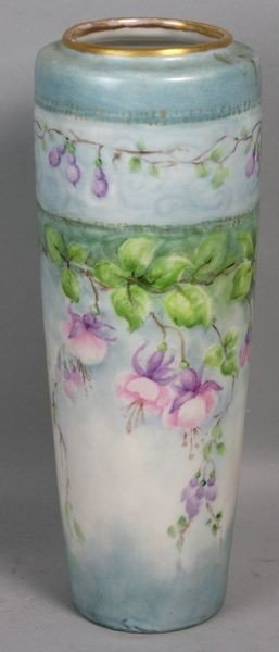 2018: Victorian Hand Painted Vase