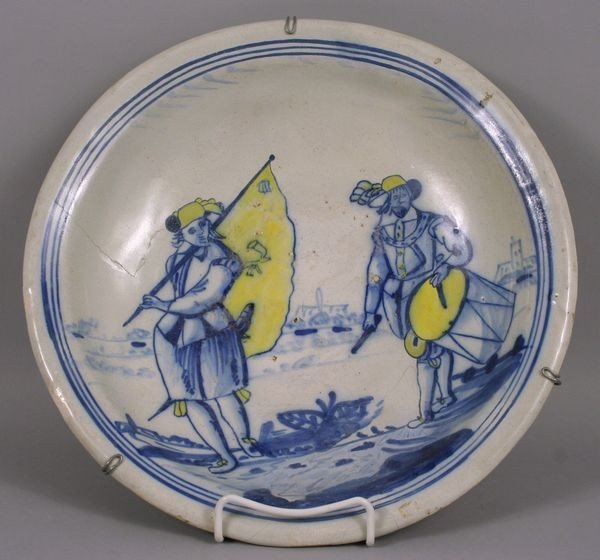 8013: 17th/18th C. Dutch Platter