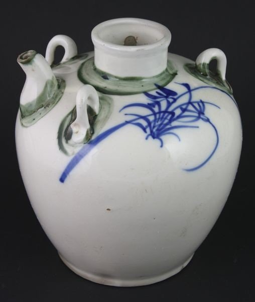 7003A: Porcelain Teapot