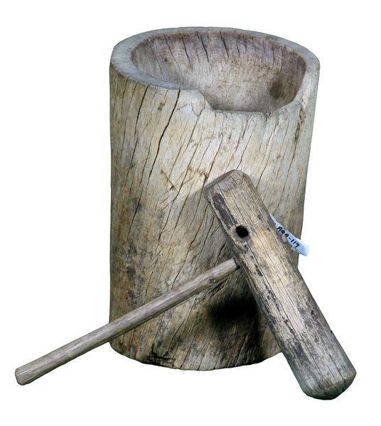 8001: 19th C. English Mortar and Pestal