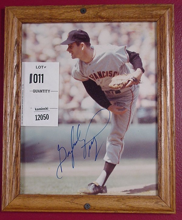 1011: GAYLORD PERRY AUTOGRAPH