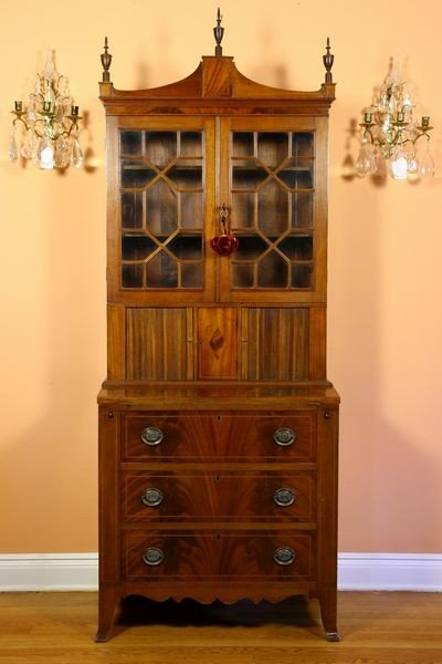 1024: Fine Federal Mahogany Secretary Bookcase
