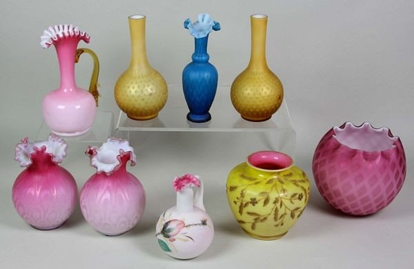 4016: 9 Pieces of Art Glass