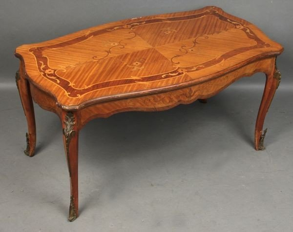 7011: Early 20th Century Inlaid Occasional Table