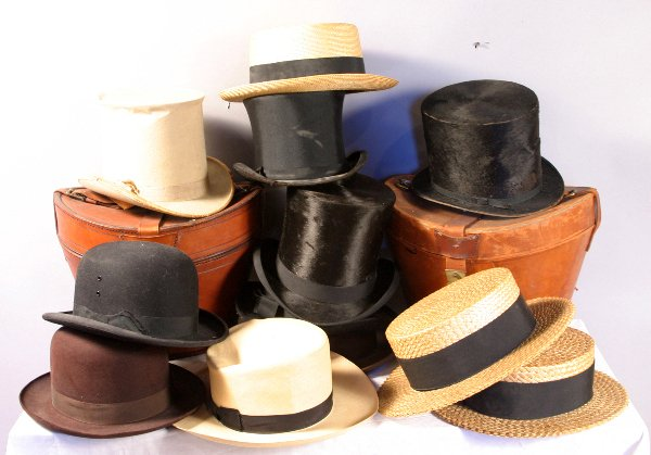18: LARGE COLLECTION OF 19TH/20TH CENTURY HATS