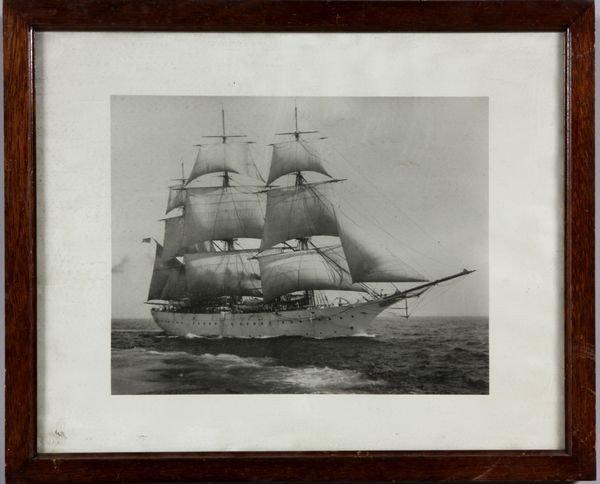 5022: Photograph of Sailing Ship