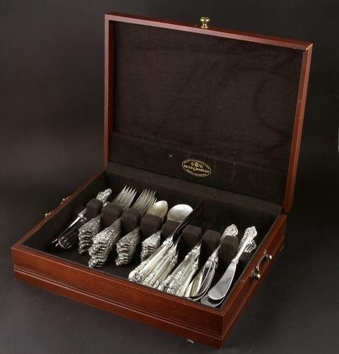 9094: Wallace Silver Flatware Set