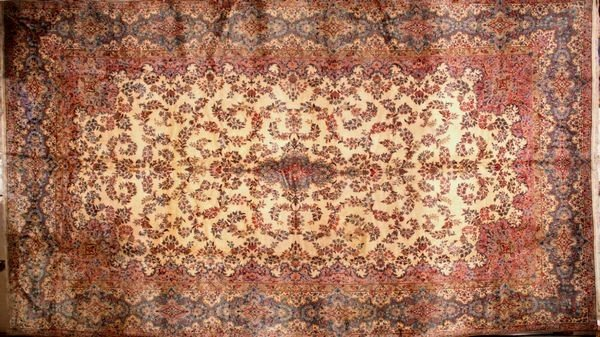 3011: Semi Antique ivory Kerman rug