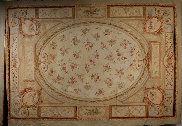 3024: 19th/Early 20th C. Aubusson Rug