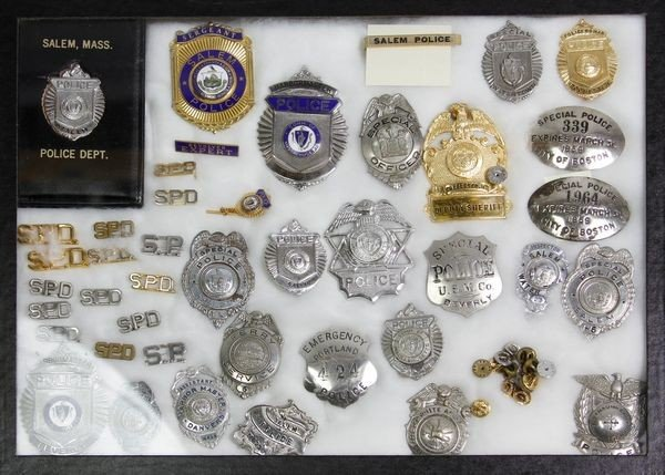 8316: Lot of 40(+) Police Badges of MA Towns