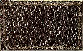9002: Turkmen Rug