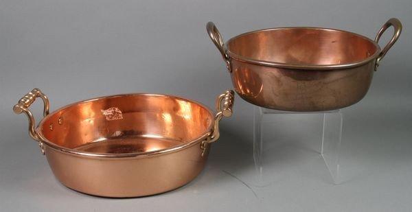 1053: 2 Copper Pans