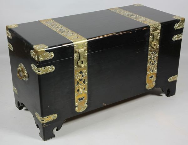 2067: Chinese 20th C. Laquered Chest