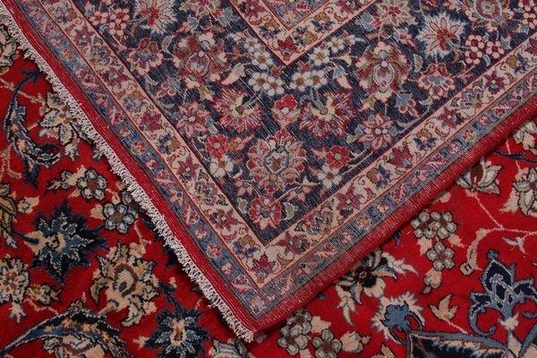 2123: C. 1950's semi antique Persian Isfahan rug - 2