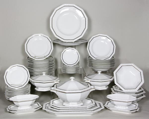3018: Selb China Set