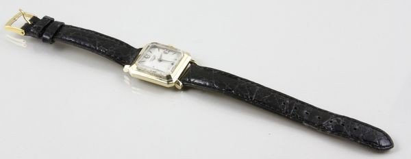 3042: Longines 14K Yellow Gold Wristwatch