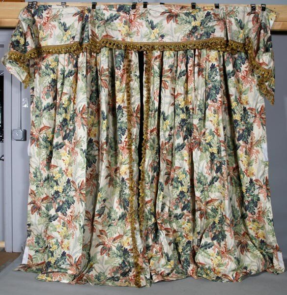 4166: 3 Panels of Floral Drapes