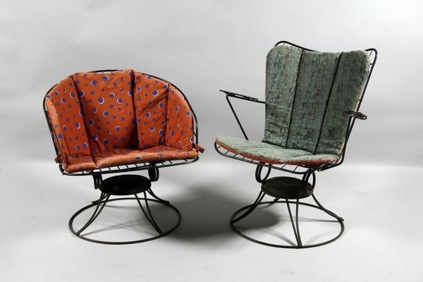 5013: Pair of 1950's Swivel Lounge Chairs