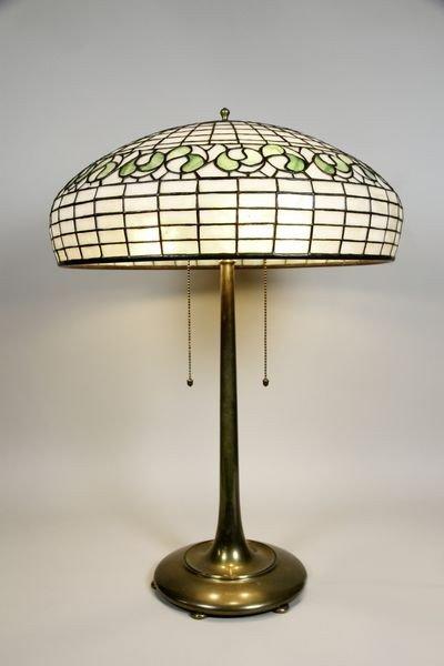 5115: Bigelow Kennard Glass Table Lamp