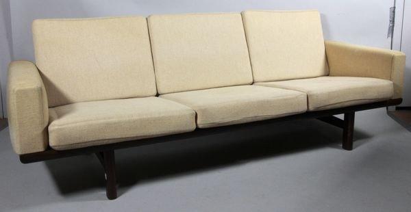 5122: 1960's Wegner Sofa #263/3