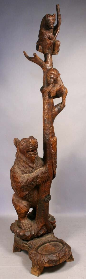 18: 20TH C. BLACK FOREST CARVED BEAR HALL TREE